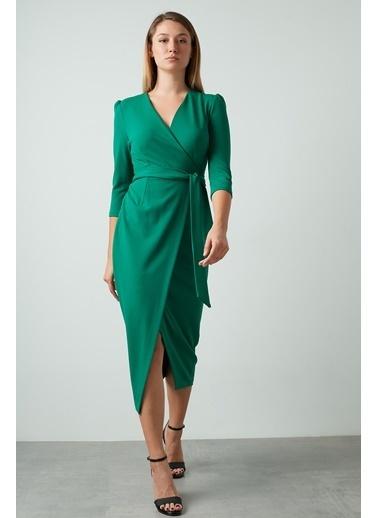 Ayhan Elbise Yeşil